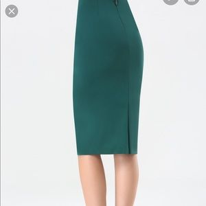 Bebe Marissa Twill Midi Skirt in Green